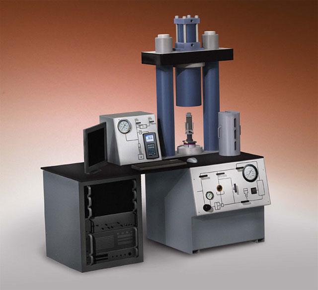 DCI - Triaxial Rock Mechanics System