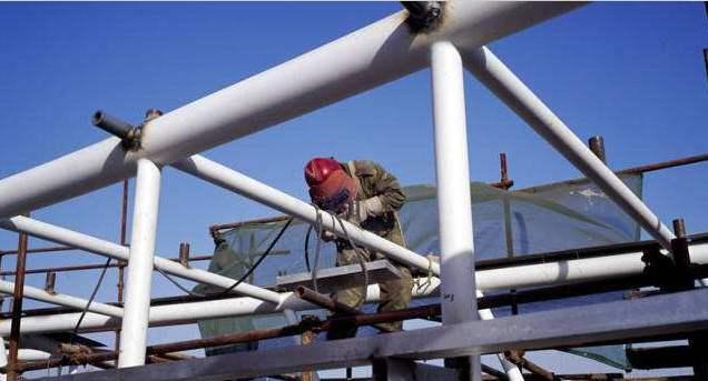 保证安全和耐久,钢结构建筑检测任重道远