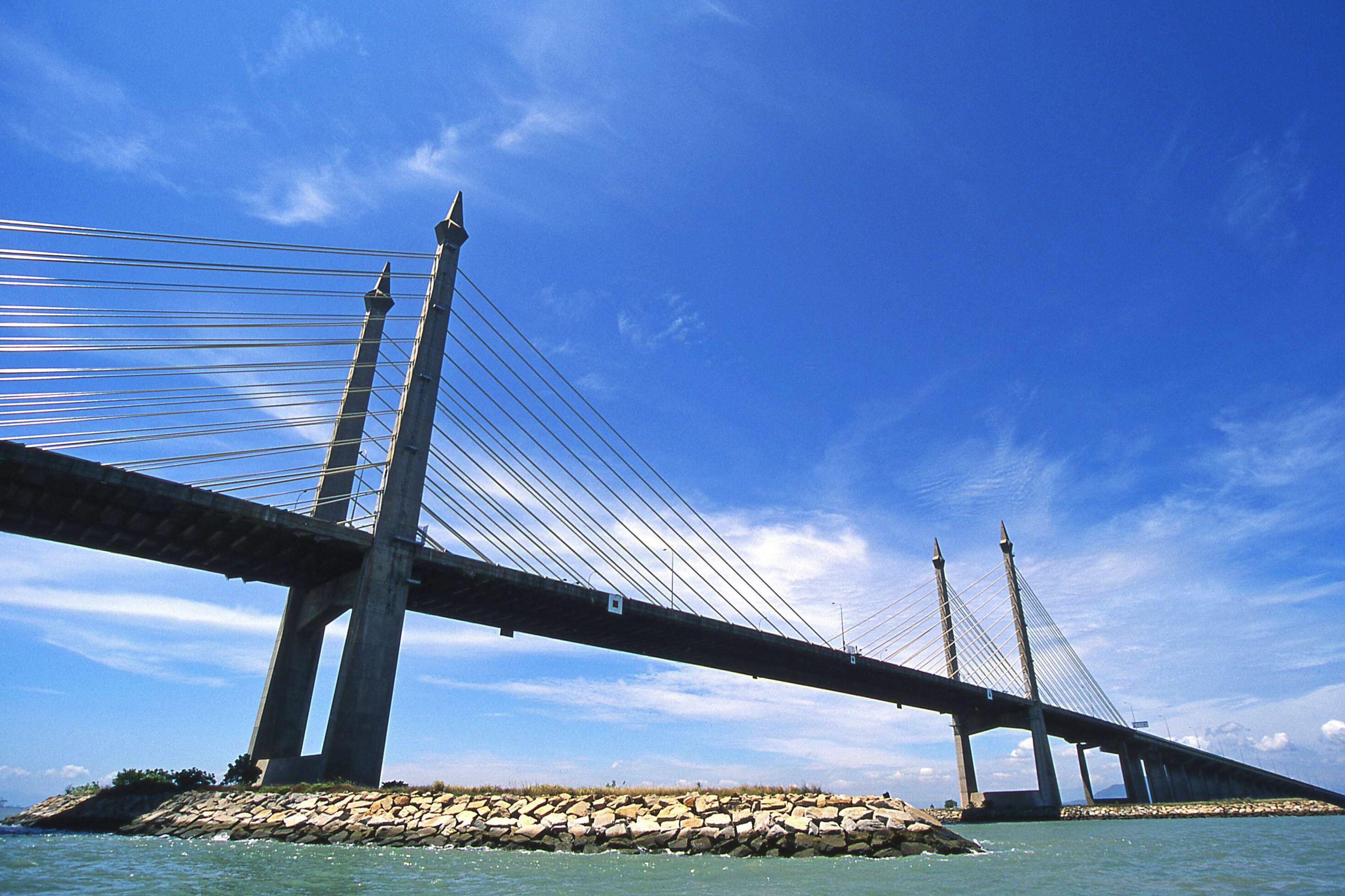 桥梁结构安全监测光纤技术方案