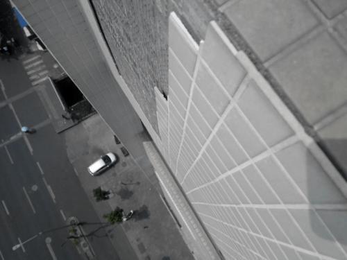 高层建筑外墙缘何变得危险重重